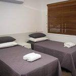 verandah motel twin single room